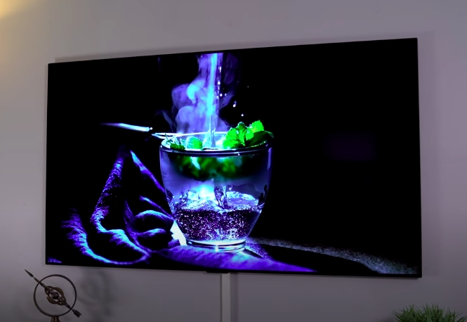dark scene in oled tv